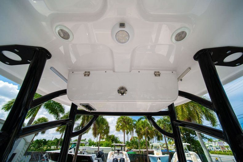 Thumbnail 25 for New 2019 Sportsman Open 232 Center Console boat for sale in Miami, FL