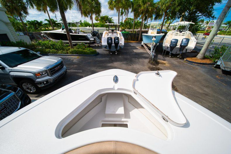 Thumbnail 42 for New 2019 Sportsman Open 232 Center Console boat for sale in Miami, FL