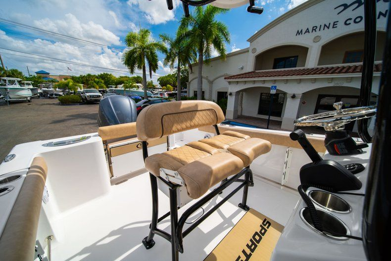 Thumbnail 28 for New 2019 Sportsman Open 232 Center Console boat for sale in Miami, FL