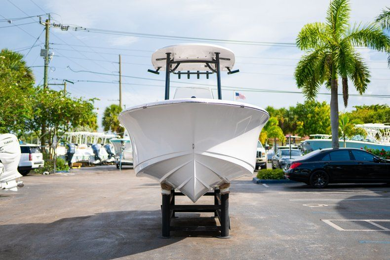 Thumbnail 2 for New 2019 Sportsman Open 232 Center Console boat for sale in Miami, FL