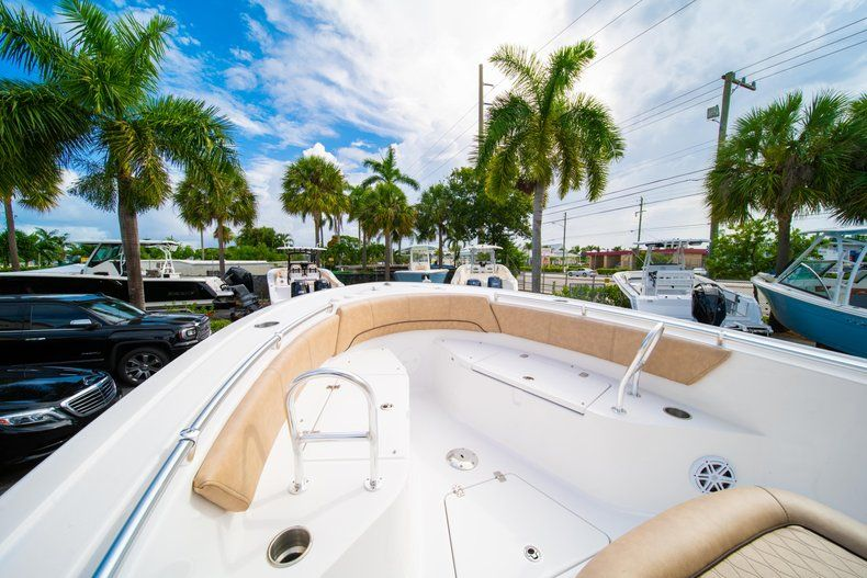 Thumbnail 37 for New 2019 Sportsman Open 242 Center Console boat for sale in West Palm Beach, FL