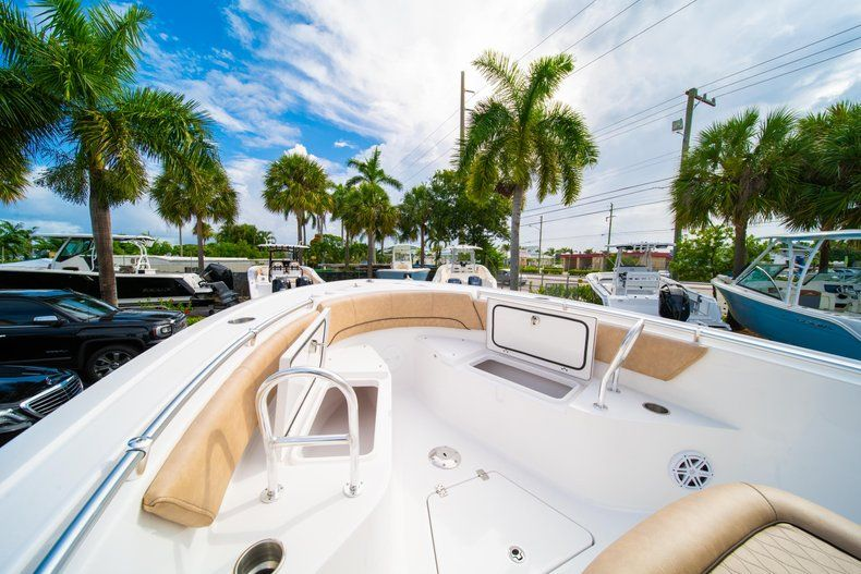 Thumbnail 38 for New 2019 Sportsman Open 242 Center Console boat for sale in West Palm Beach, FL
