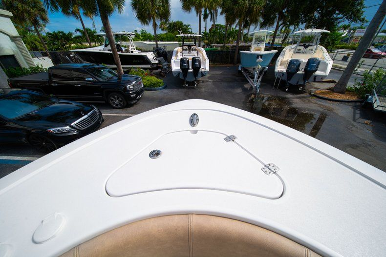 Thumbnail 41 for New 2019 Sportsman Open 242 Center Console boat for sale in West Palm Beach, FL