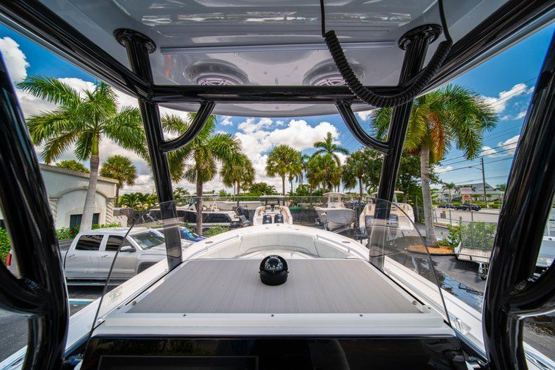 Thumbnail 25 for New 2019 Sportsman Open 242 Center Console boat for sale in Fort Lauderdale, FL