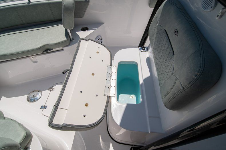 Thumbnail 41 for New 2019 Sportsman Open 242 Center Console boat for sale in Fort Lauderdale, FL
