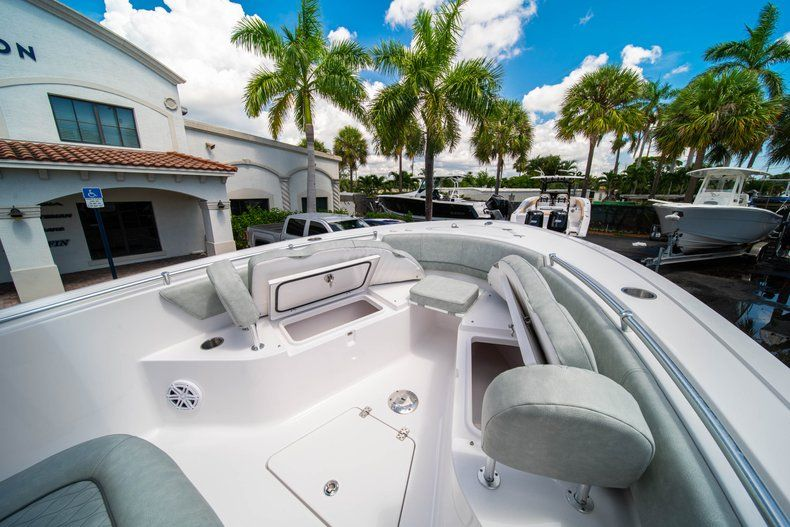 Thumbnail 33 for New 2019 Sportsman Open 242 Center Console boat for sale in Fort Lauderdale, FL