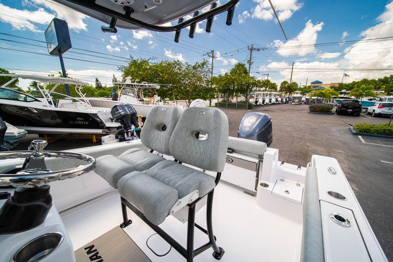 Thumbnail 29 for New 2019 Sportsman Open 242 Center Console boat for sale in Fort Lauderdale, FL