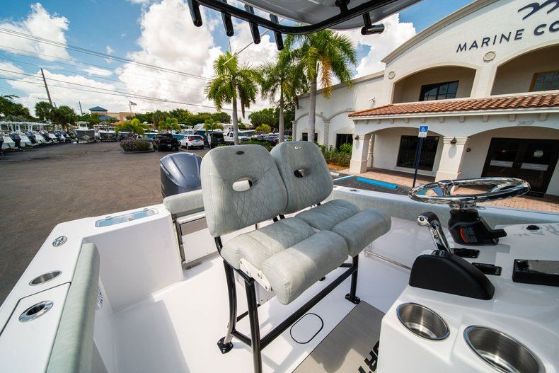 Thumbnail 27 for New 2019 Sportsman Open 242 Center Console boat for sale in Fort Lauderdale, FL