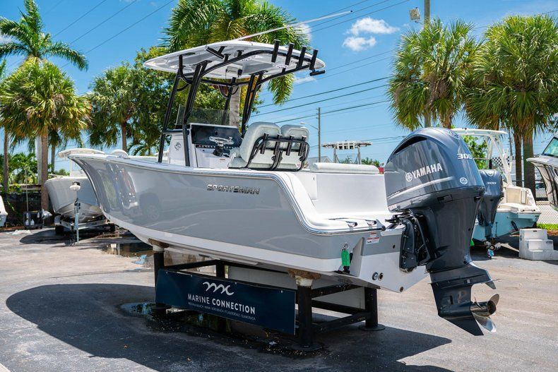 Thumbnail 5 for New 2019 Sportsman Open 242 Center Console boat for sale in Fort Lauderdale, FL
