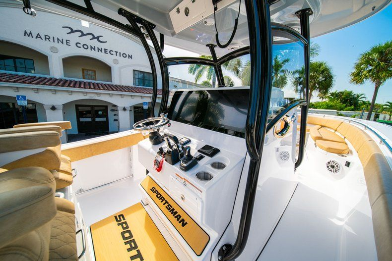 Thumbnail 22 for New 2019 Sportsman Open 312 Center Console boat for sale in West Palm Beach, FL