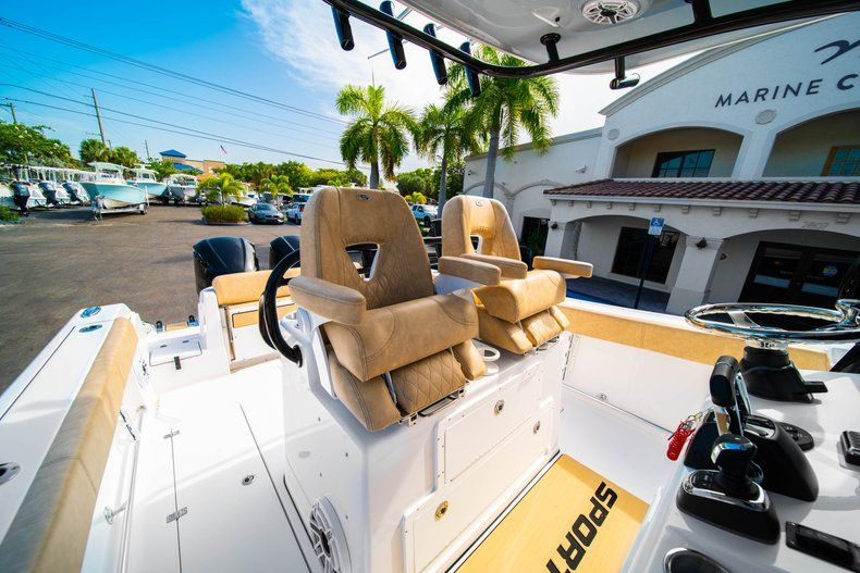 Thumbnail 29 for New 2019 Sportsman Open 312 Center Console boat for sale in West Palm Beach, FL