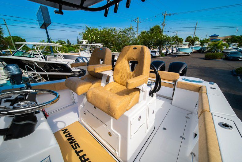 Thumbnail 32 for New 2019 Sportsman Open 312 Center Console boat for sale in West Palm Beach, FL