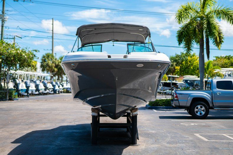 Thumbnail 2 for New 2019 Hurricane SunDeck SD 2690 OB boat for sale in West Palm Beach, FL