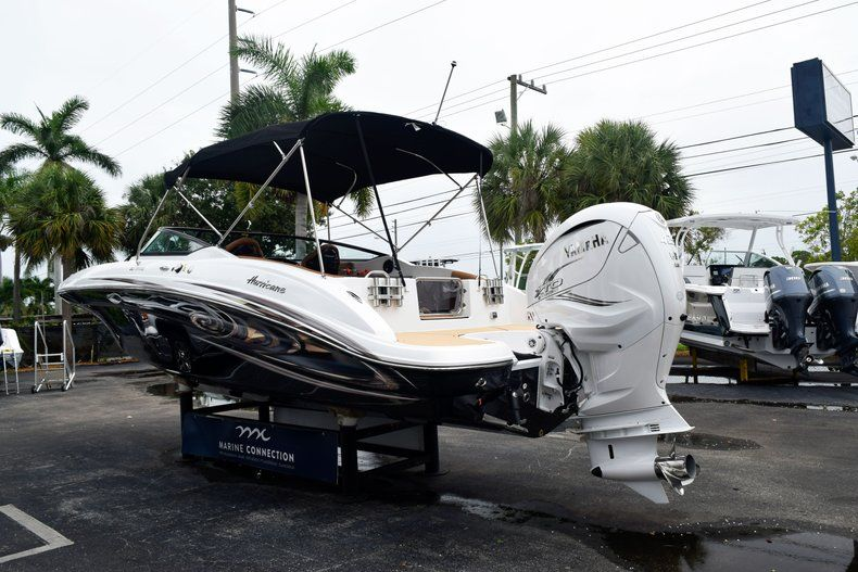 Thumbnail 5 for New 2019 Hurricane SD 2690 OB boat for sale in West Palm Beach, FL