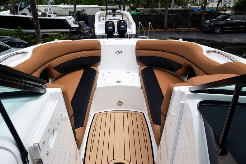 Thumbnail 67 for New 2019 Hurricane SD 2690 OB boat for sale in West Palm Beach, FL