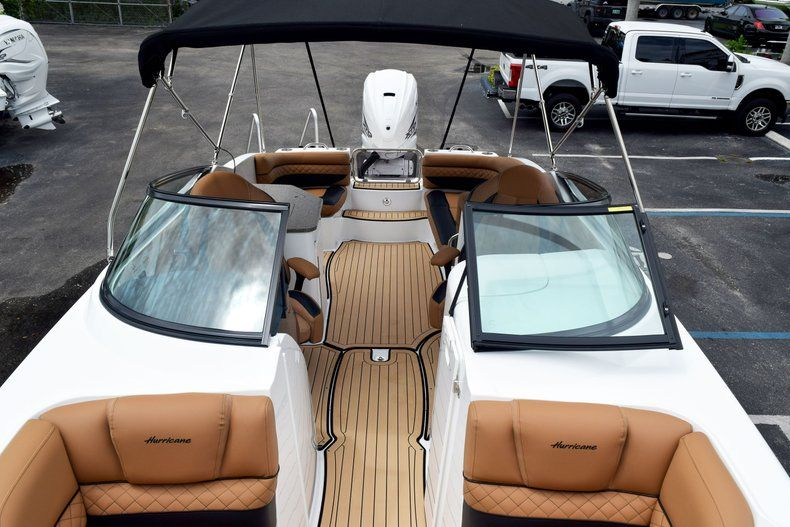 Thumbnail 85 for New 2019 Hurricane SD 2690 OB boat for sale in West Palm Beach, FL