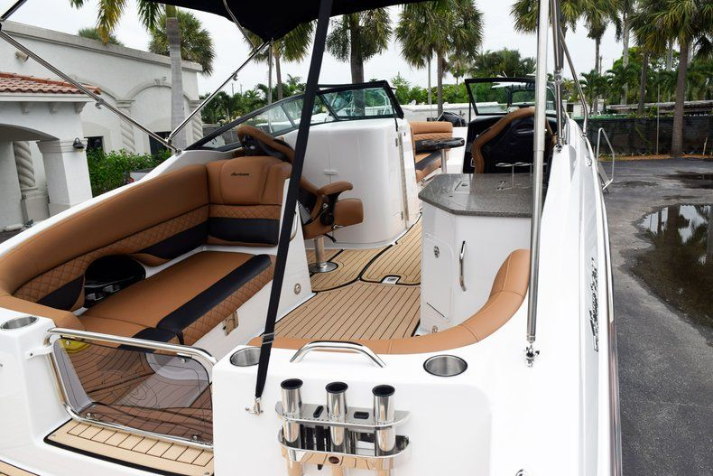 Thumbnail 92 for New 2019 Hurricane SD 2690 OB boat for sale in West Palm Beach, FL