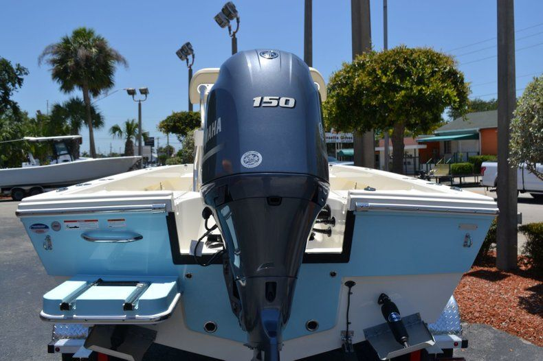 Thumbnail 4 for New 2019 Pathfinder 2005 TRS boat for sale in Vero Beach, FL