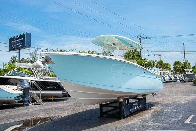 Image 3 for 2019 Cobia 280 cc in Fort Lauderdale, FL