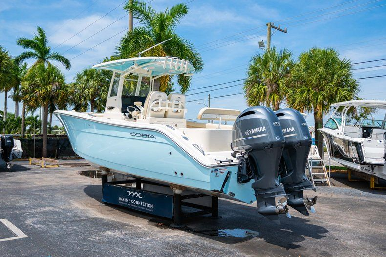 Image 5 for 2019 Cobia 280 cc in Fort Lauderdale, FL