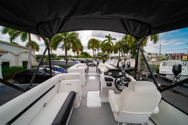 Thumbnail 10 for New 2019 Hurricane FunDeck FD 226 OB boat for sale in Stuart, FL