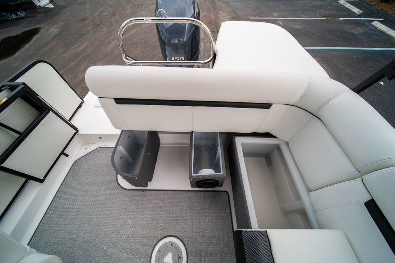 Thumbnail 16 for New 2019 Hurricane FunDeck FD 226 OB boat for sale in Vero Beach, FL