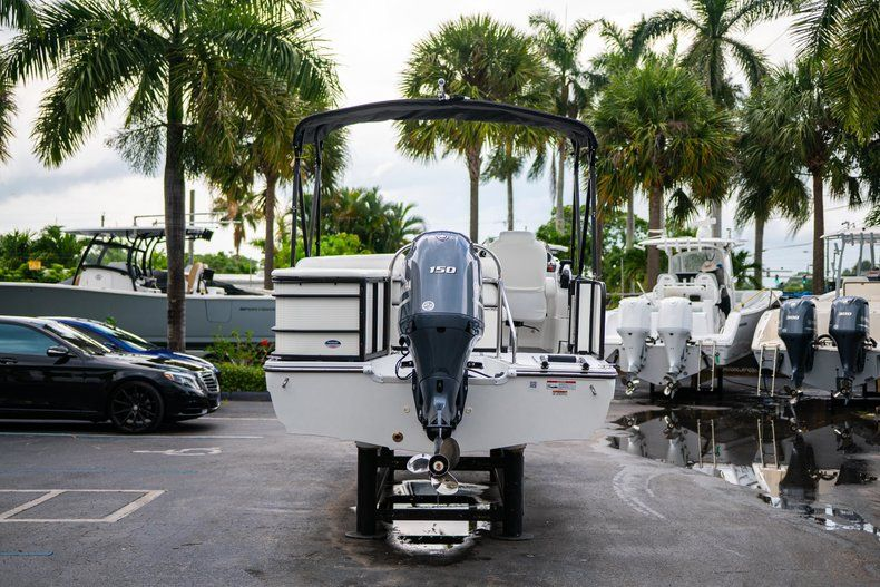 Thumbnail 6 for New 2019 Hurricane FunDeck FD 226 OB boat for sale in Vero Beach, FL