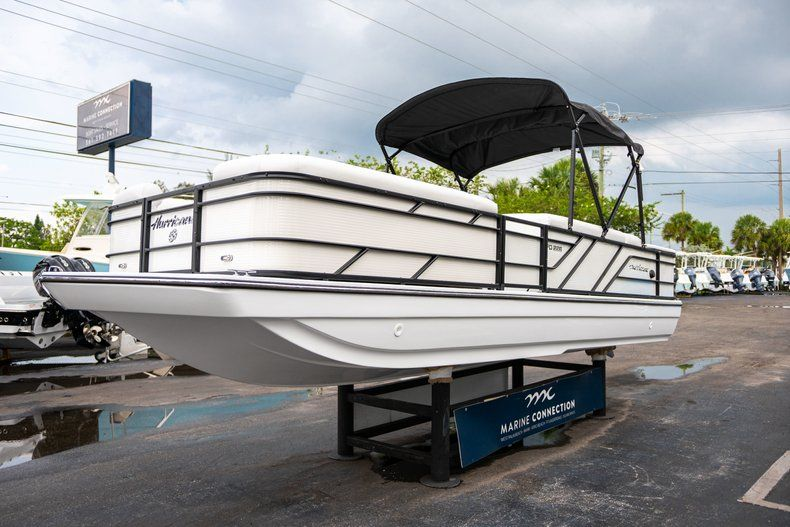 Thumbnail 3 for New 2019 Hurricane FunDeck FD 226 OB boat for sale in Vero Beach, FL