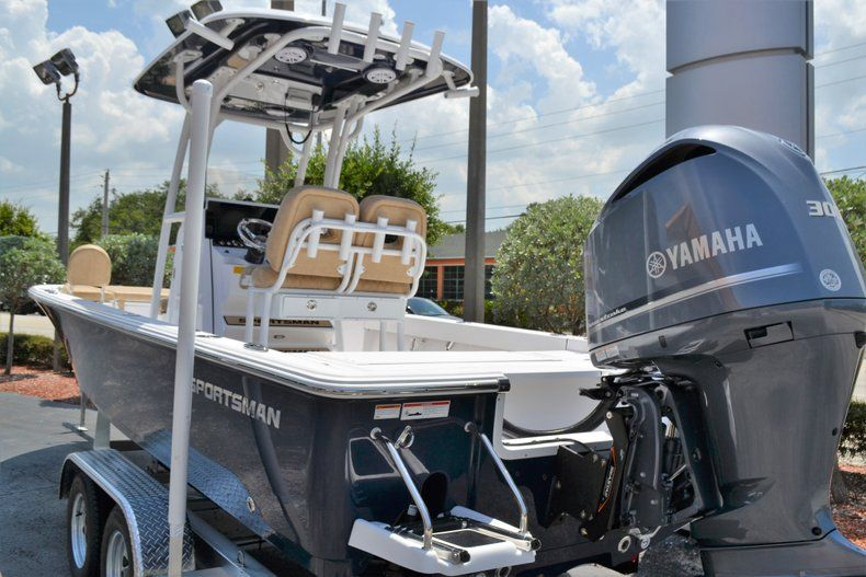 Thumbnail 4 for New 2019 Sportsman Masters 247 Bay Boat boat for sale in Miami, FL