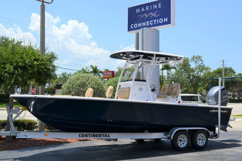 Thumbnail 0 for New 2019 Sportsman Masters 247 Bay Boat boat for sale in Miami, FL