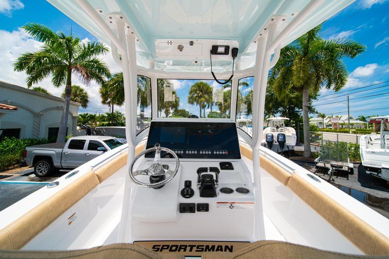 Thumbnail 25 for New 2019 Sportsman Heritage 251 Center Console boat for sale in West Palm Beach, FL
