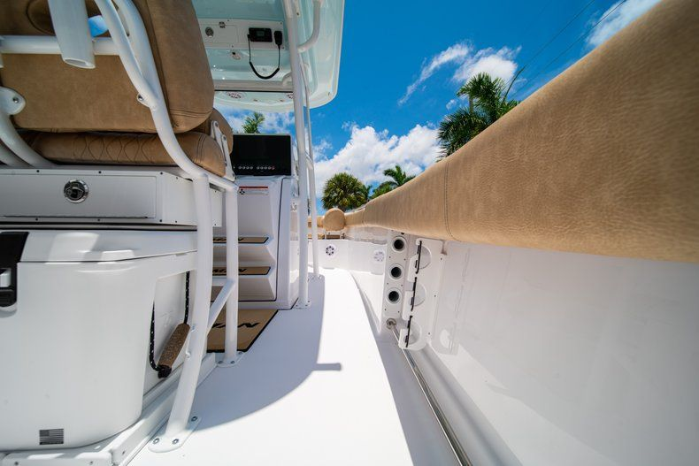 Thumbnail 20 for New 2019 Sportsman Heritage 251 Center Console boat for sale in West Palm Beach, FL