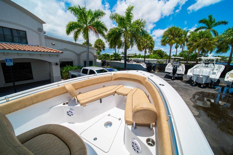 Thumbnail 33 for New 2019 Sportsman Heritage 251 Center Console boat for sale in West Palm Beach, FL