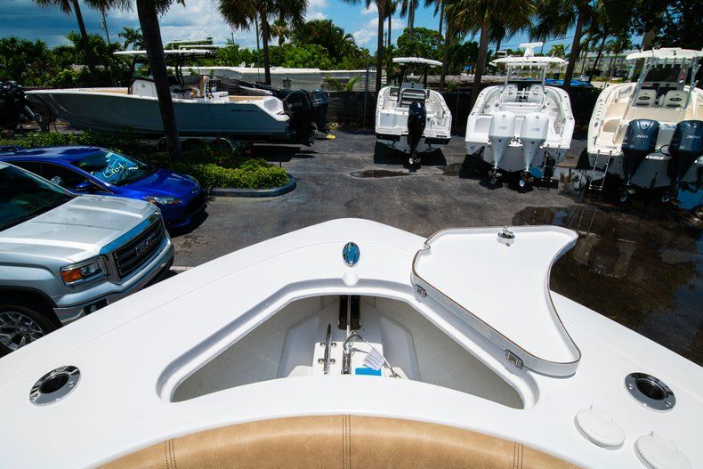 Thumbnail 38 for New 2019 Sportsman Heritage 251 Center Console boat for sale in West Palm Beach, FL