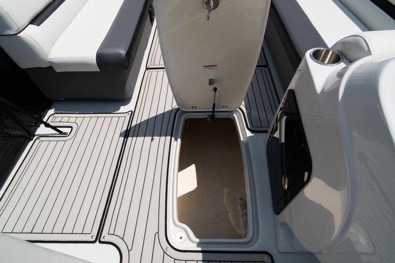 Thumbnail 18 for New 2019 Hurricane FunDeck FD 236SB boat for sale in Vero Beach, FL