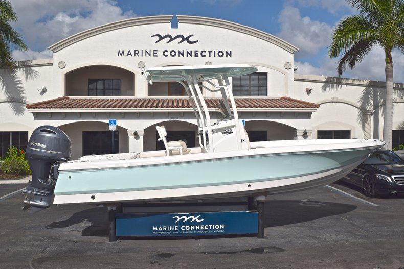Used 2017 Robalo 226 Bay Boat boat for sale in West Palm Beach, FL