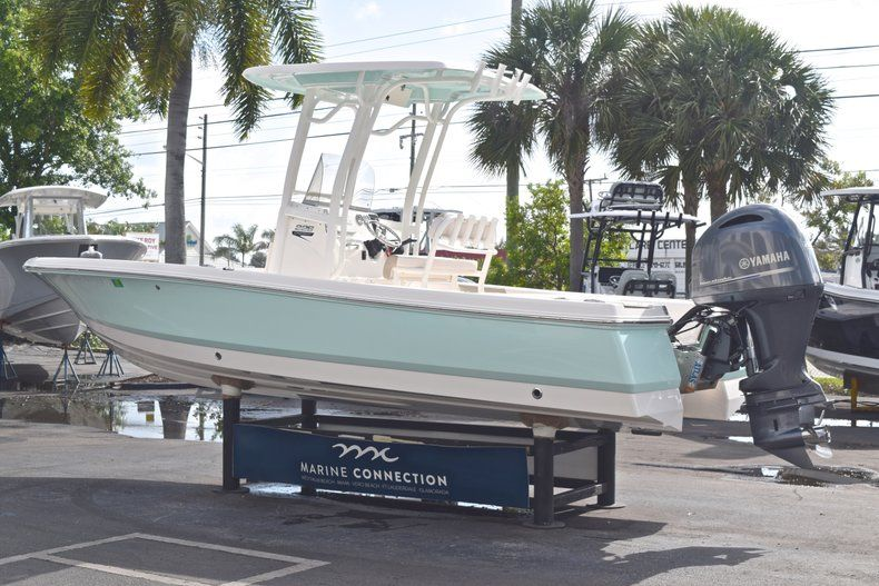 Thumbnail 5 for Used 2017 Robalo 226 Bay Boat boat for sale in West Palm Beach, FL