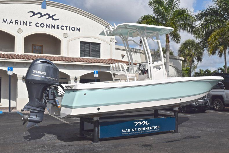 Thumbnail 7 for Used 2017 Robalo 226 Bay Boat boat for sale in West Palm Beach, FL