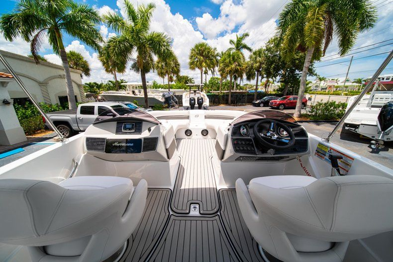 Thumbnail 12 for New 2020 Hurricane 218 SunDeck Sport OB boat for sale in West Palm Beach, FL
