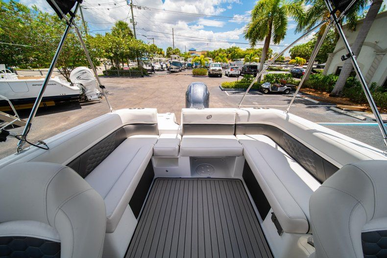 Thumbnail 9 for New 2020 Hurricane 218 SunDeck Sport OB boat for sale in West Palm Beach, FL