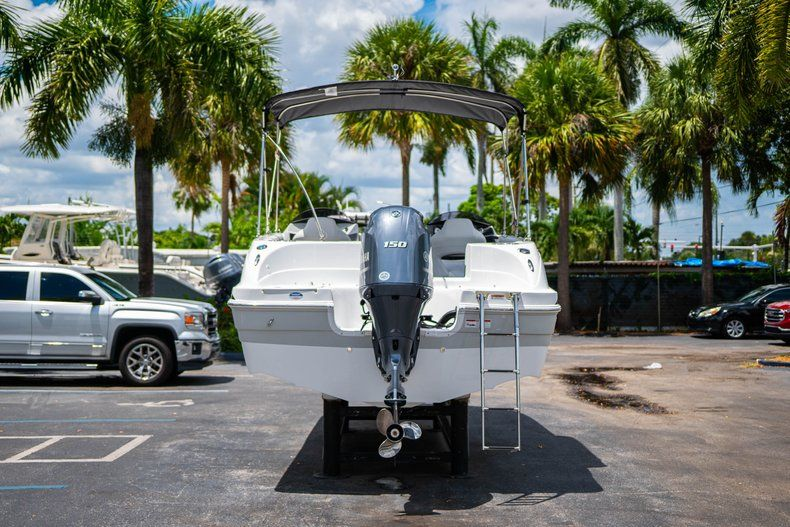 Thumbnail 6 for New 2020 Hurricane 218 SunDeck Sport OB boat for sale in West Palm Beach, FL