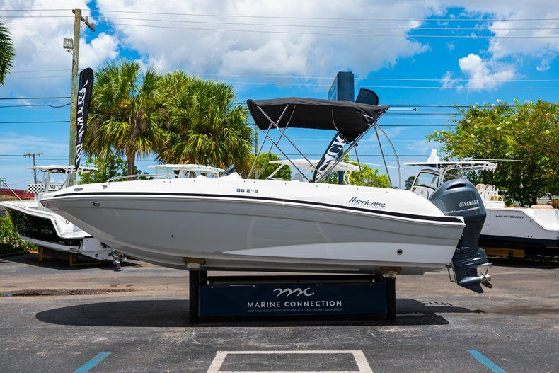 Thumbnail 4 for New 2020 Hurricane SS 218 OB boat for sale in West Palm Beach, FL