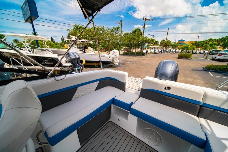 Thumbnail 12 for New 2020 Hurricane SD 217 OB boat for sale in West Palm Beach, FL
