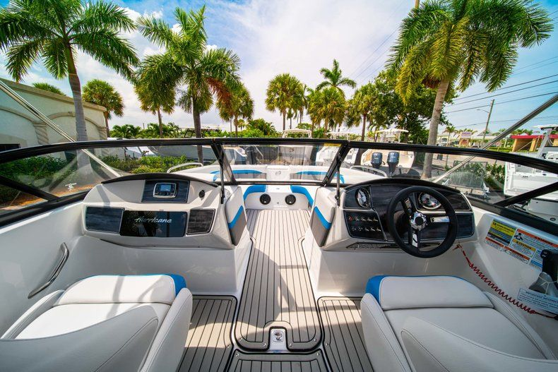 Thumbnail 14 for New 2020 Hurricane SD 217 OB boat for sale in West Palm Beach, FL