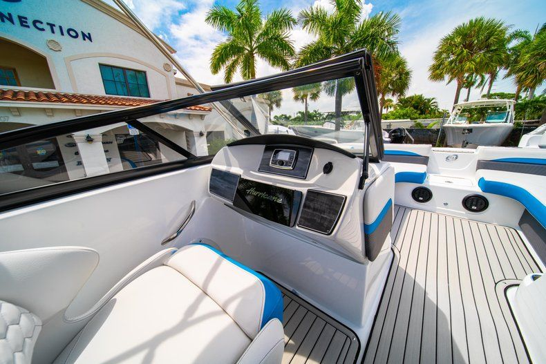 Thumbnail 20 for New 2020 Hurricane SD 217 OB boat for sale in West Palm Beach, FL