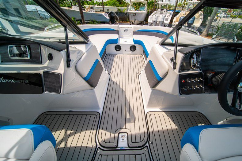 Thumbnail 21 for New 2020 Hurricane SD 217 OB boat for sale in West Palm Beach, FL