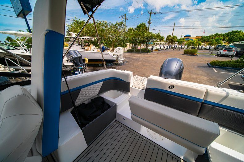 Thumbnail 13 for New 2020 Hurricane SD 217 OB boat for sale in West Palm Beach, FL