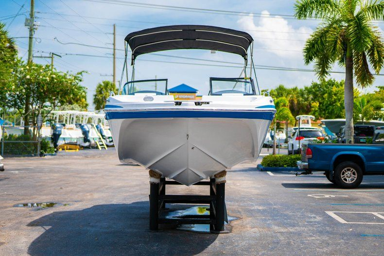 Thumbnail 2 for New 2020 Hurricane SD 217 OB boat for sale in West Palm Beach, FL