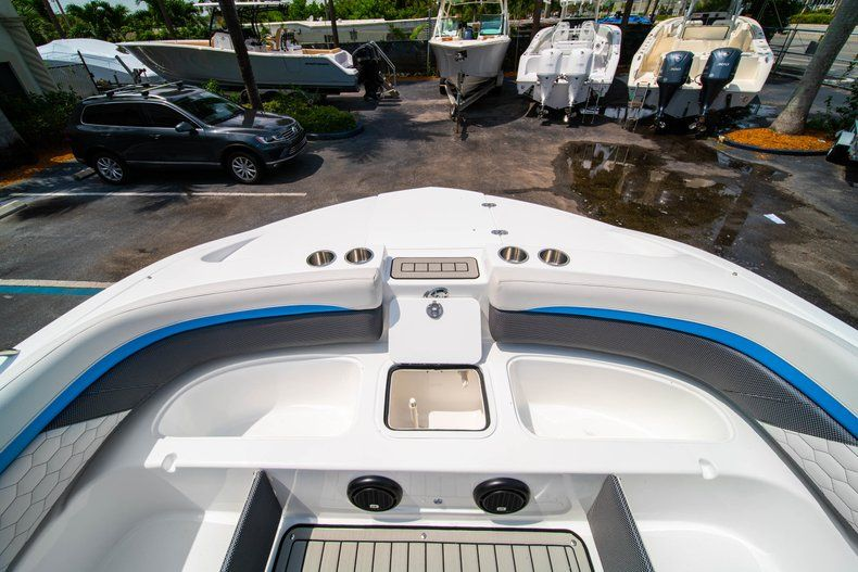 Thumbnail 26 for New 2020 Hurricane SD 217 OB boat for sale in West Palm Beach, FL