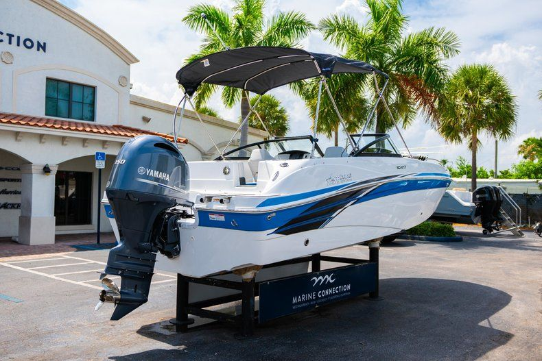 Thumbnail 7 for New 2020 Hurricane SD 217 OB boat for sale in West Palm Beach, FL